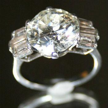 ancien diamant sur bague