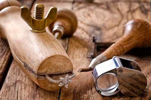 outils artisnaux de création de bijoux