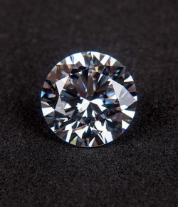 Investissement Diamant : Les précautions à prendre !